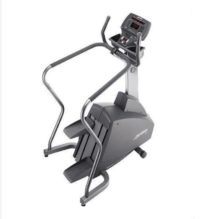 95Si Stair Climber - LifeFitness Overview